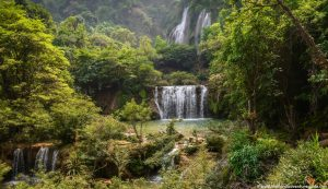 thi-lor-su-waterfall-umphang-1